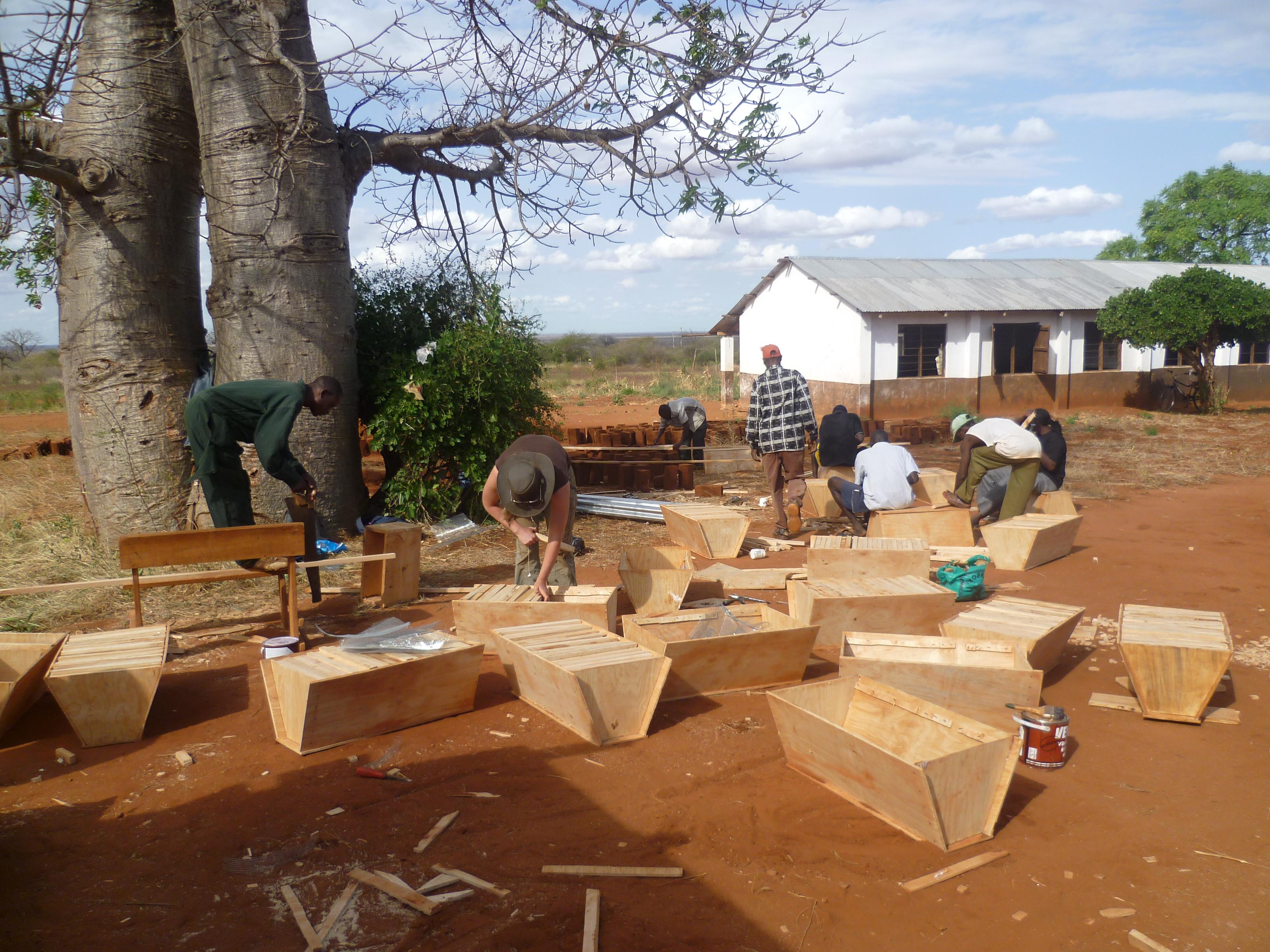 Beehive Fence workshop