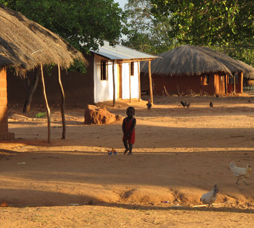 KING-Mozambique-village