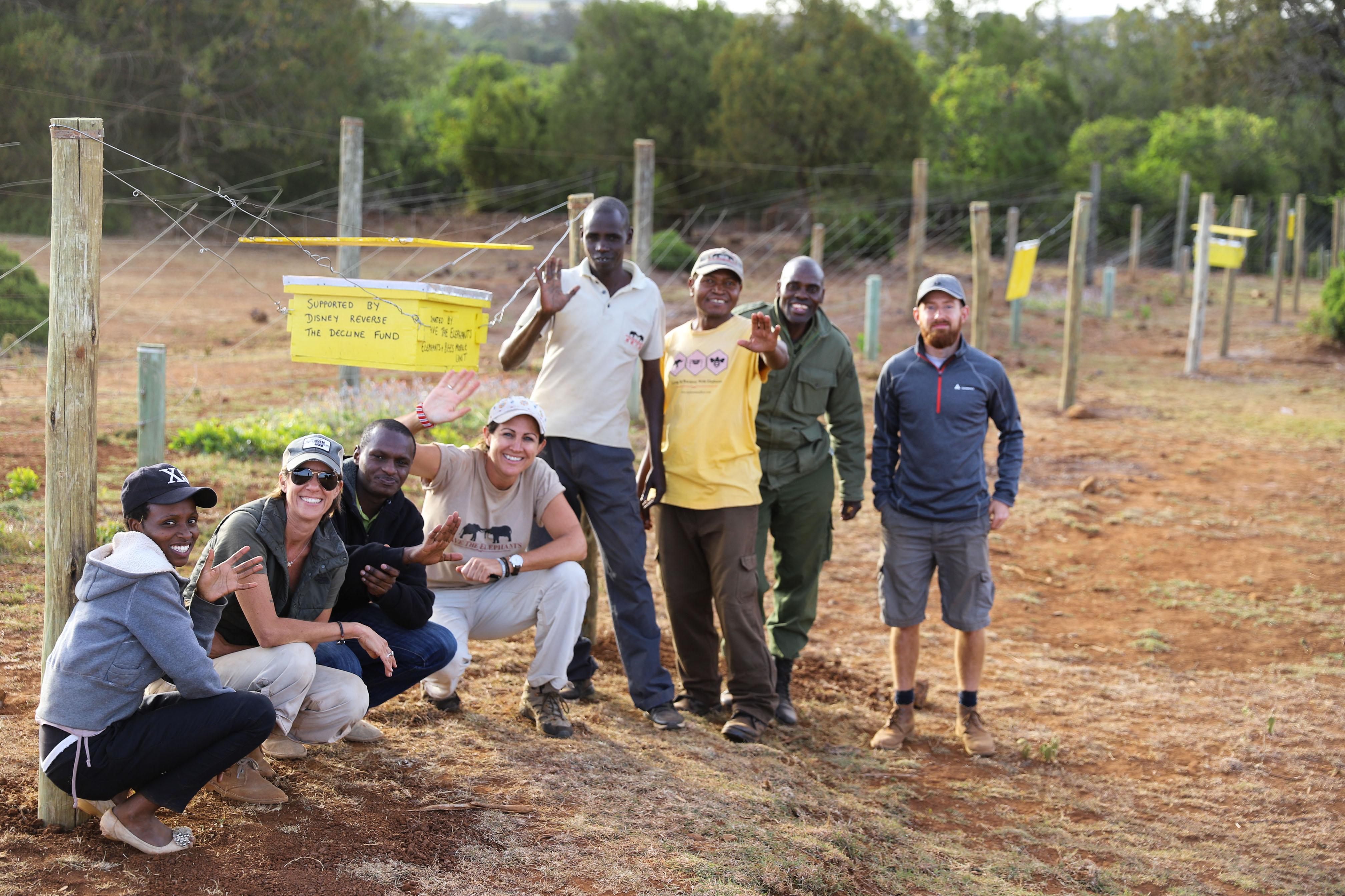 A-group-photo-after-beehive-fence-construction-in-Lewa-Meru-County-©-2019-Naiya-Raja